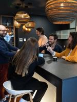 Espaces de coworking : des lieux pour l'intelligence collective qui séduisent aussi les grands groupes